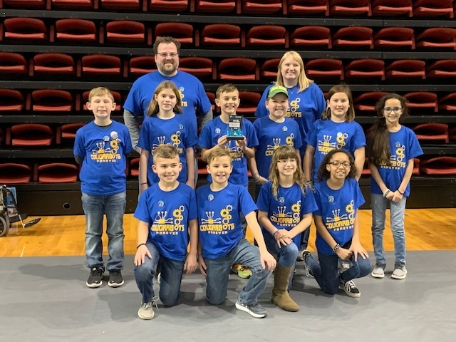 Gale Cougarbots Advance!