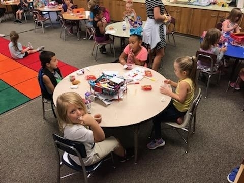 Kindergarten is learning what it means to be confident and responsible. They are doing great at eating breakfast and lunch at school.