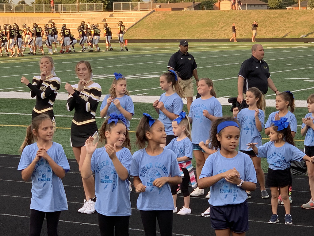 Future GHS cheerleaders