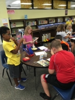 Third through fifth grade students enjoyed our guest visitor from the Galesburg Public Library, Melinda Jones-Rhodes, during Books and Bites!